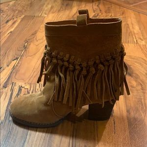 Sbicca Fringe Ankle Boots/Booties